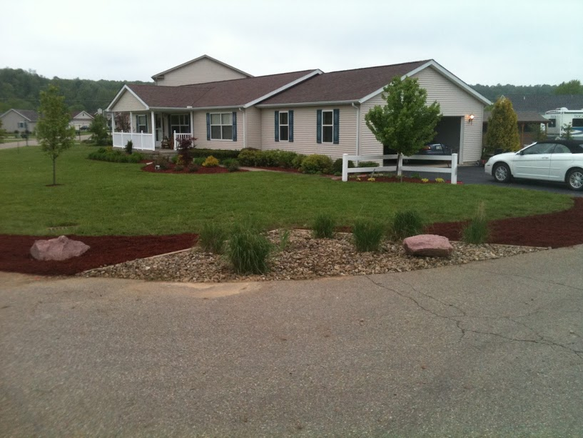 Lawncare Landscaping Installation Services 7.JPG