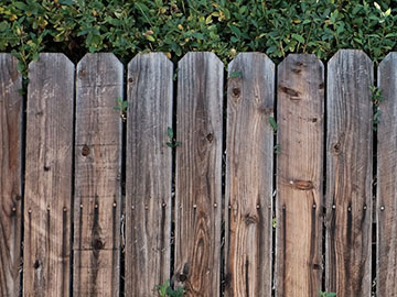 Wood Fence Construction thumb