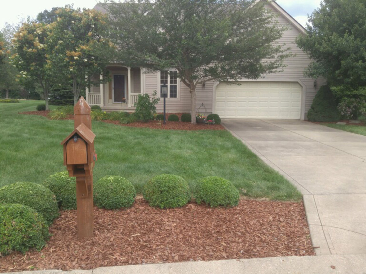 Zanesville Lawncare Landscaping Specialists 4